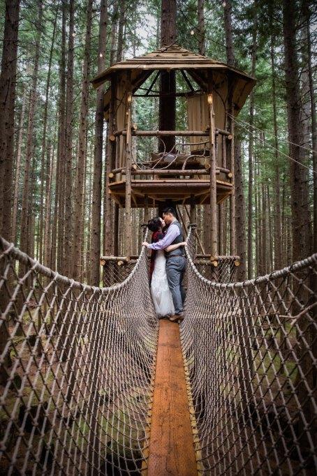 Danielle Barnum Photography on Offbeat Bride