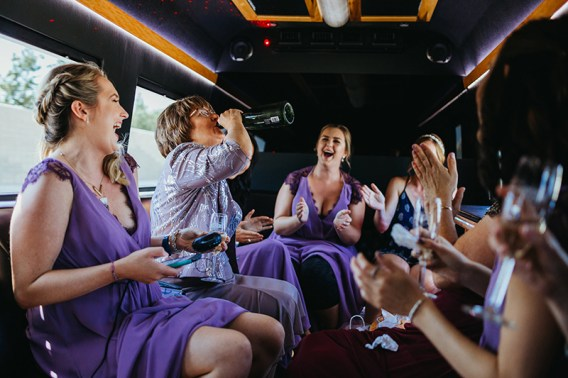 party-bus-mom-toast-rebeccaylasotras