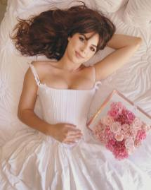 glam fleur on offbeat bride