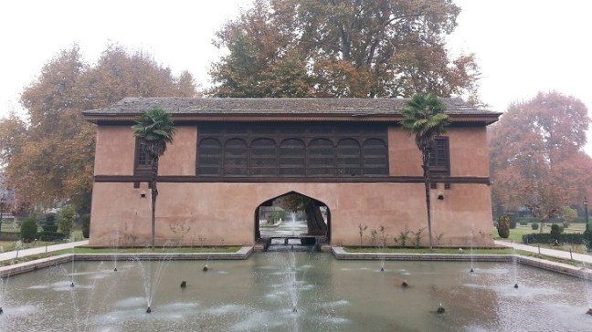 Achabal Gardens Fountains energized by flowing water stream, Achabal Mughal Gardens, Best places to visit in Kashmir