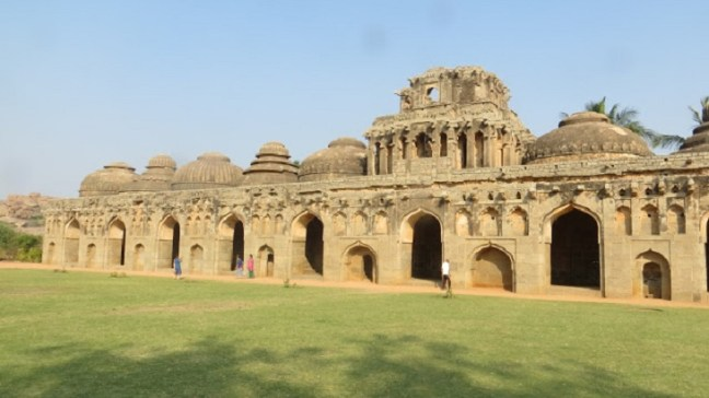 Elephant's Stable Hampi, Elephant Stable, Hampi Runis, Places to visit in Hampi