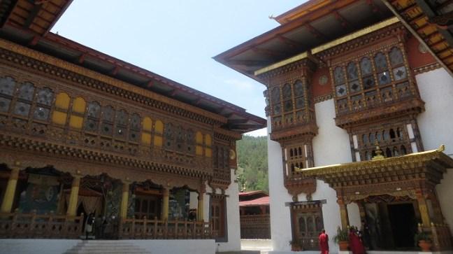Bhutan Tourism, Punakha Dzong, Bhutan Dzong, Places to visit in Bhutan, Things to do in Bhutan, Punakha beauty, Spring beauty