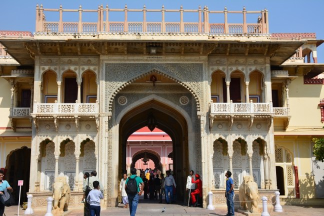 City Palace Jaipur, blog for information & photographs, Rajasthan Tourism, Pink city, Mubarak Mahal, Chandra Mahal, Jaipur City tour, Places to visit in Jaipur