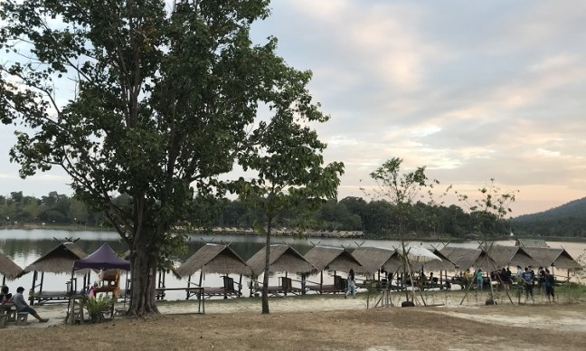 huay tung tao lake and reservoir (ห้วยตองเต่า), Chiang Mai (เชียงใหม่) Thailand – Best one day trip from Chiang Mai - Local's preferred destination out of best things to do in Chiang Mai