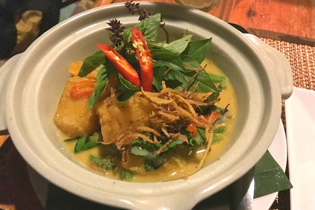 Thai Delicacies at Nest Restaurant, Chiang Dao