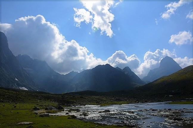 Nichnai Valley to Vishnusar Lake/Kishansar Lake - Kashmir Great Lakes Trek considered to be one of the most beautiful treks in India