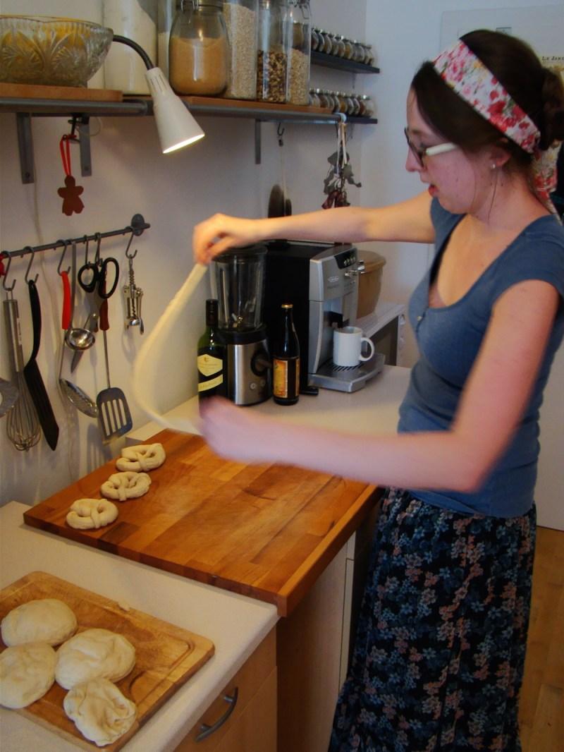 how to make soft pretzels 2