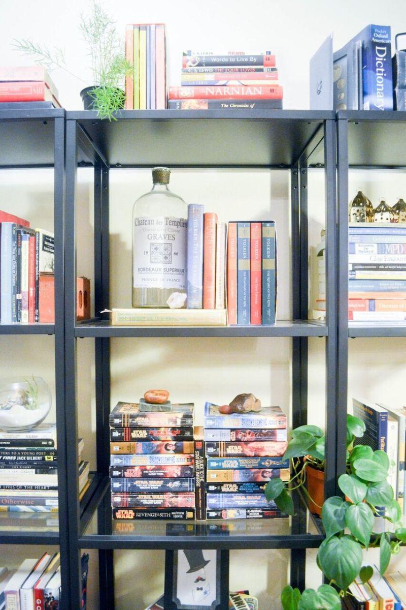organized-shelves