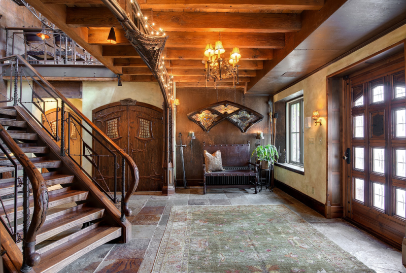 Let's all move into this Hogwarts house for sale in Minnesota