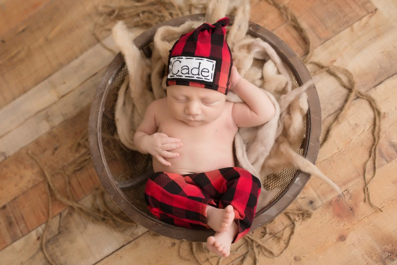 Try not to squee too loudly when you see this newborn dressed up as a baby bear