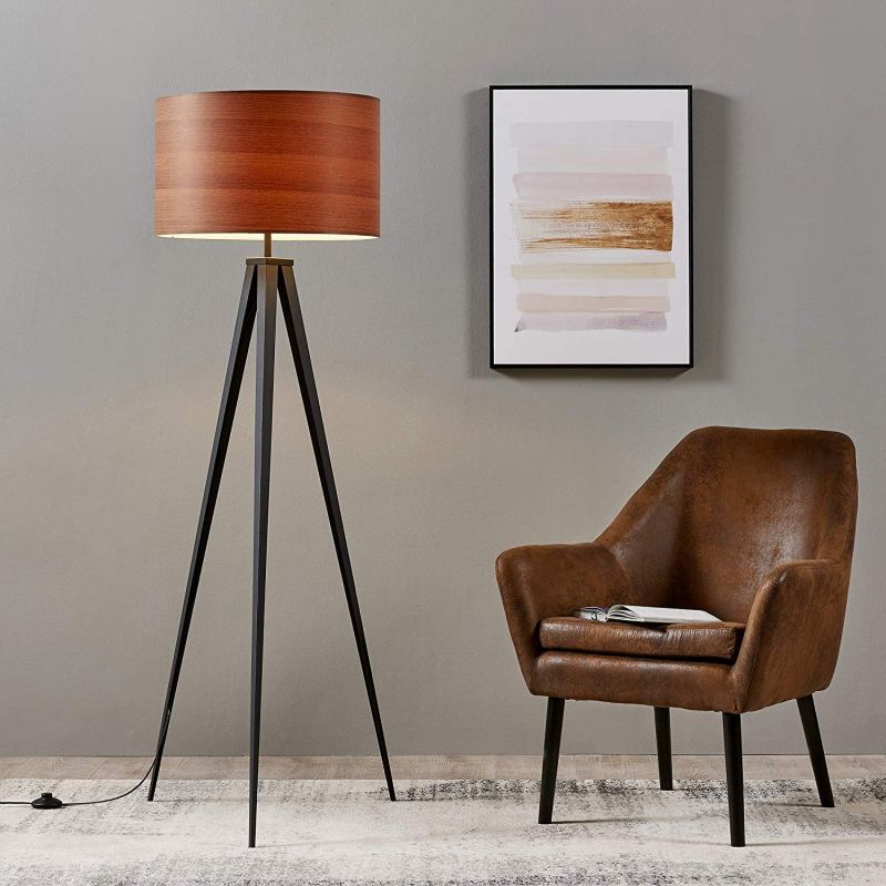 Woodgrain housewares to give your place that Midcentury feel