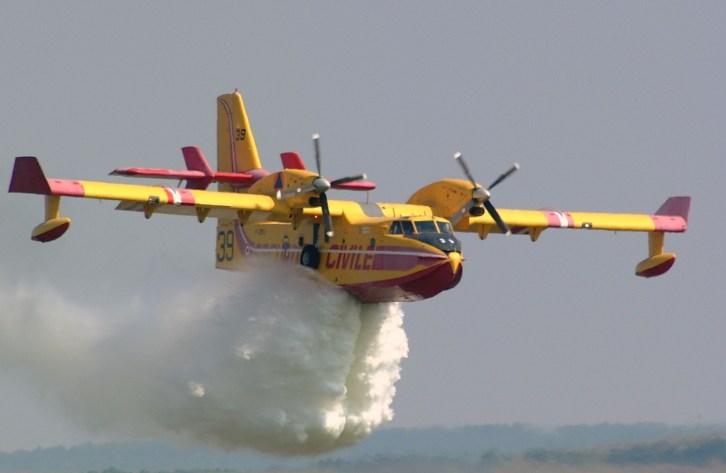canadair-cl415-firecat-1478786-o.jpg