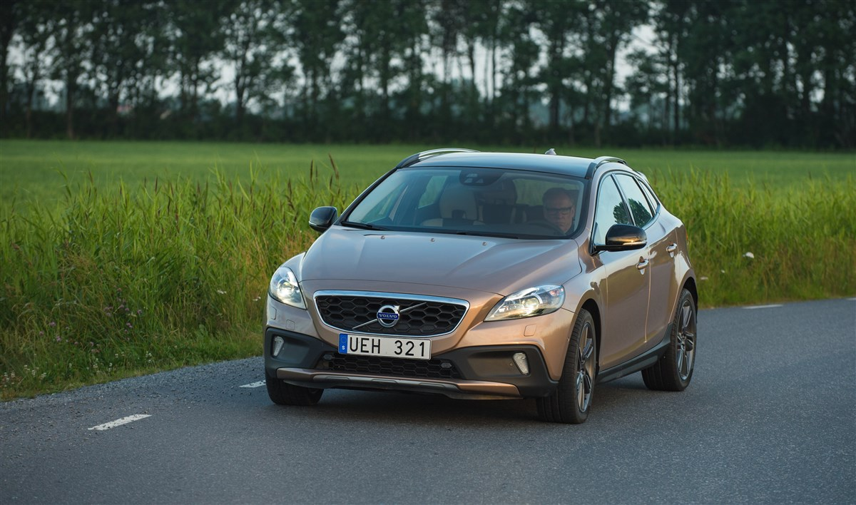 Volvo - Cross country 1.6 d2 business - 1595234 - Resicar - 05