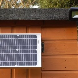 SunStore 10W Security Solar Lighting System for Off-Grid Power