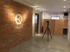 カメラマンの小松さんに貸会議室6Fとシェアオフィス6Fの写真を撮影いただきました。