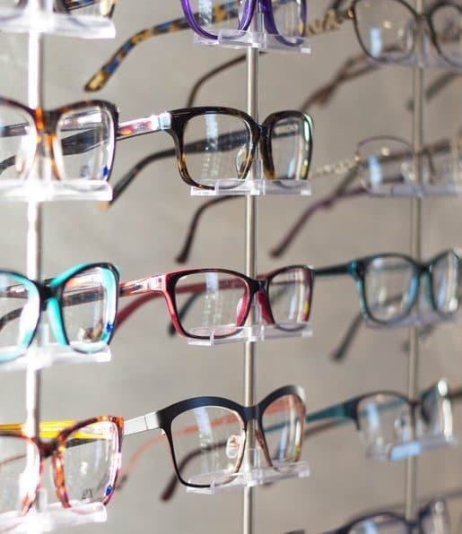 Faites-vous accompagner par votre personal shopper Office de Style pour office-de-style-lunette-choix-optique-lyon-personal-shopper-office-de-style