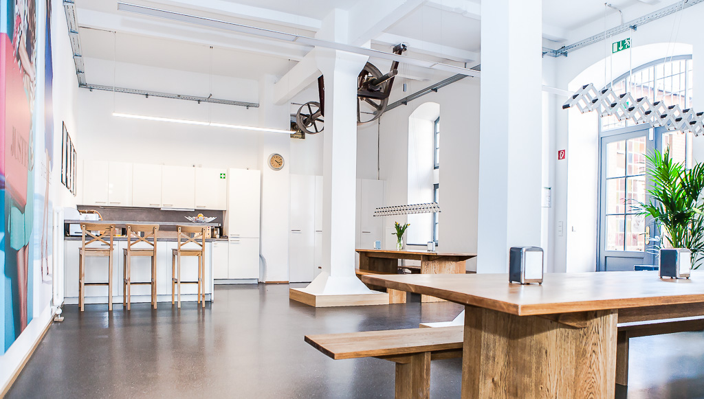 officedropin just fab Andreas Lukoschek andreasl.de 1 1024x581 Inside of Just Fabs Berlin Office