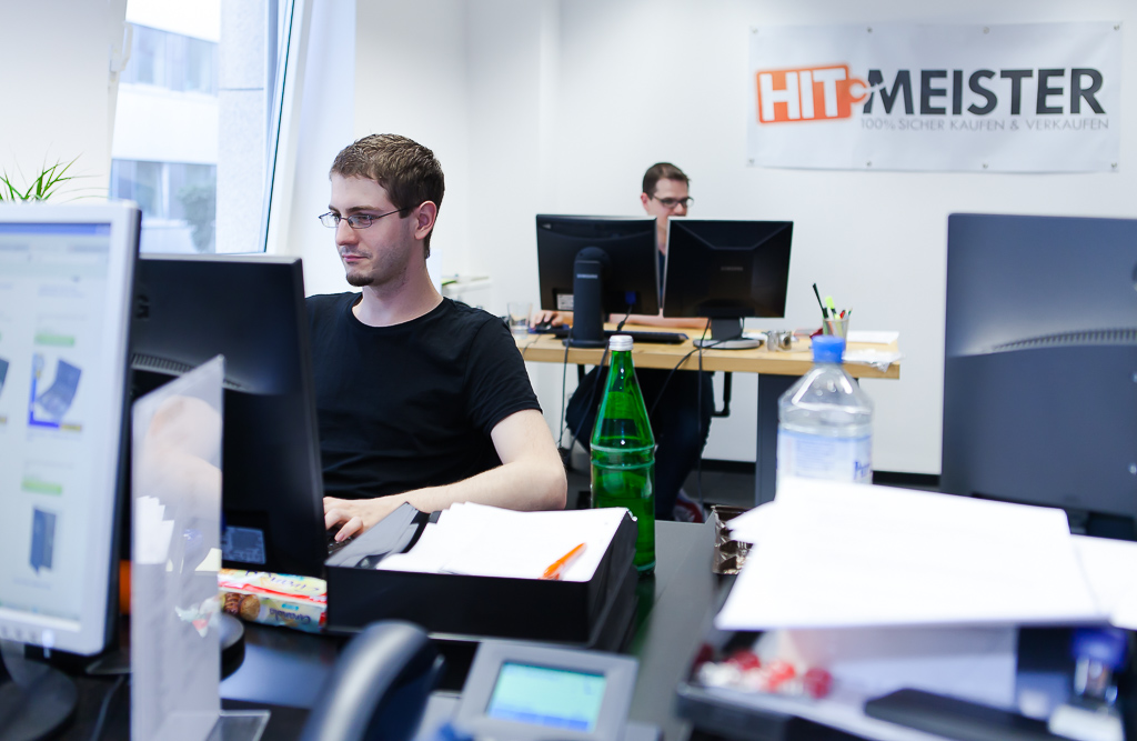 officedropin hitmeister Andreas Lukoschek andreasl.de 2 1024x667 Peek Inside of Hitmeisters Cologne Office