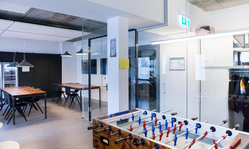 officedropin number 26 Andreas Lukoschek andreasL.de deutsche startups.de 12 1024x614 Have a Look at N26s Berlin Office