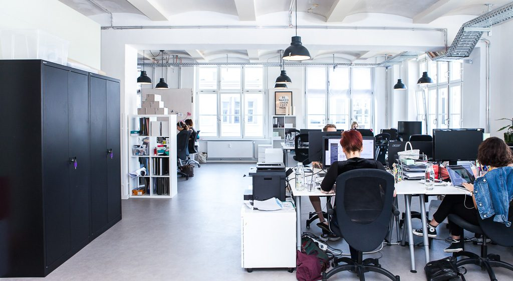 Amorelie office 20 1024x560 INSIDE AMORELIES SUPER COOL OFFICE IN BERLIN