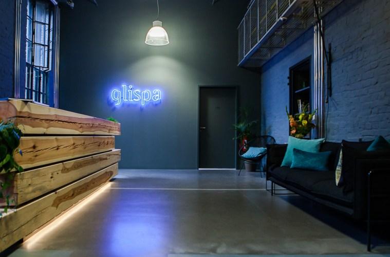 Glispa Global, Office, Entrance