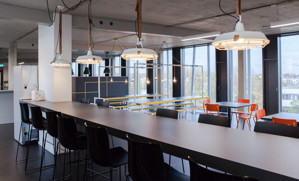 Zalando officedropin.comRAW 21 1024x620 A TOUR OF ZALANDO LOUNGES OFFICE IN BERLIN