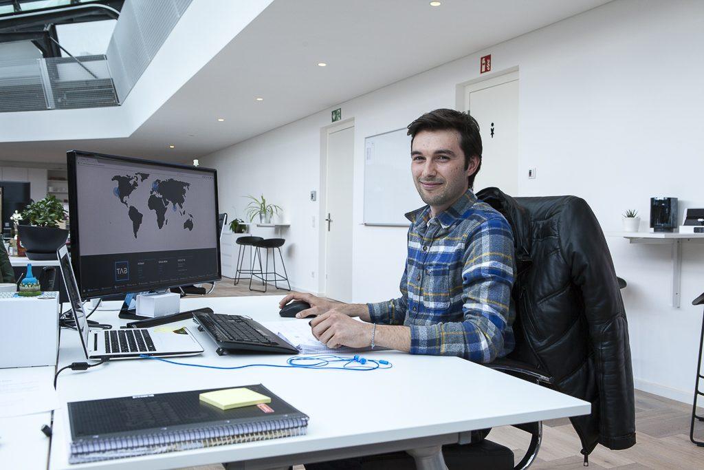 TAB Company officedropin 3248 1024x683 INSIDE OF TABS SUPER BRIGHT OFFICE IN BERLIN