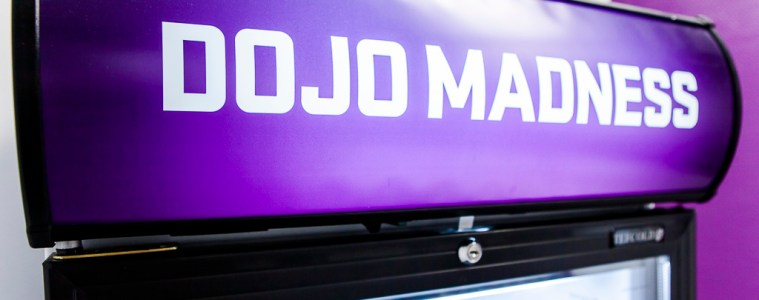 Dojo Madness Office, Berlin, Gaming, logo, fridge