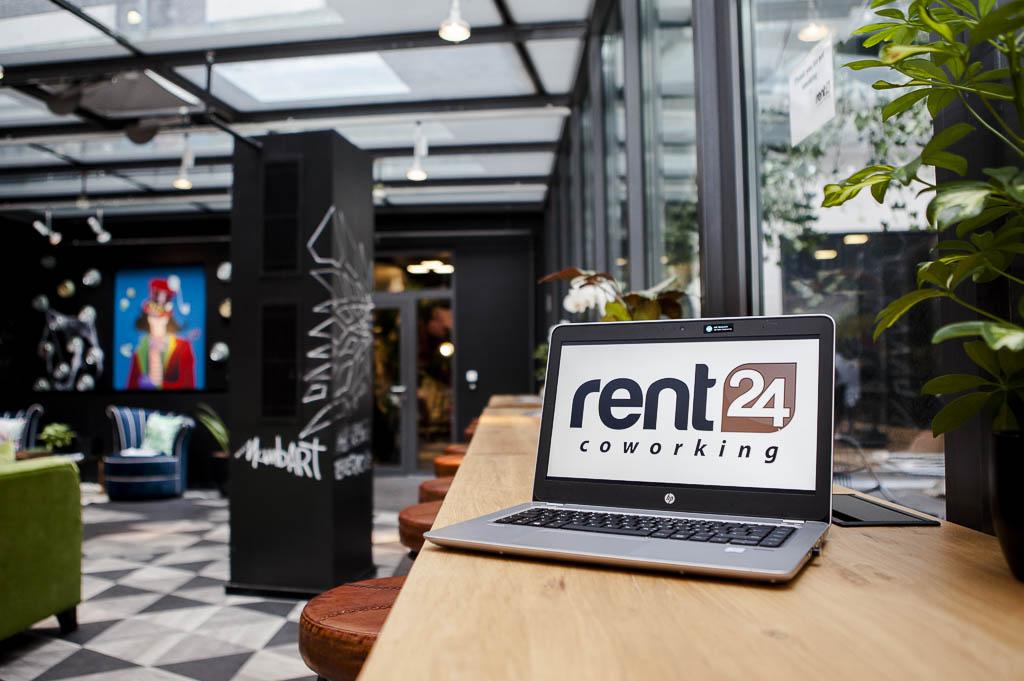 Rent24 Oberwallstrasse Officedropin 8472 1024x681 A TOUR OF RENT24S OFFICE IN BERLIN MITTE