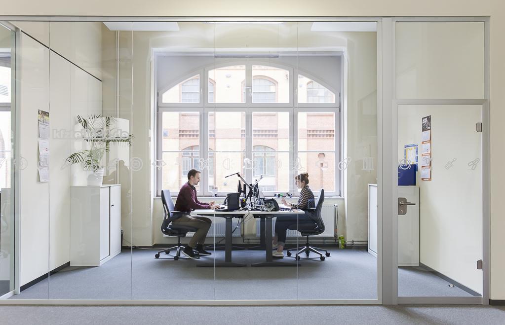 kfzteile24 Officedropin 0332 HAVE A LOOK AT KFZTEILE24s OFFICE IN BERLIN