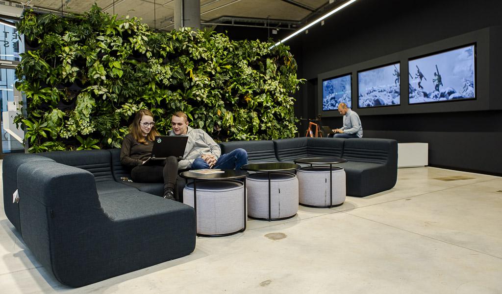 Internetstores Stuttgart Office Drop IN officedropin 6919 A TOUR OF INTERNETSTORES HQ IN STUTTGART