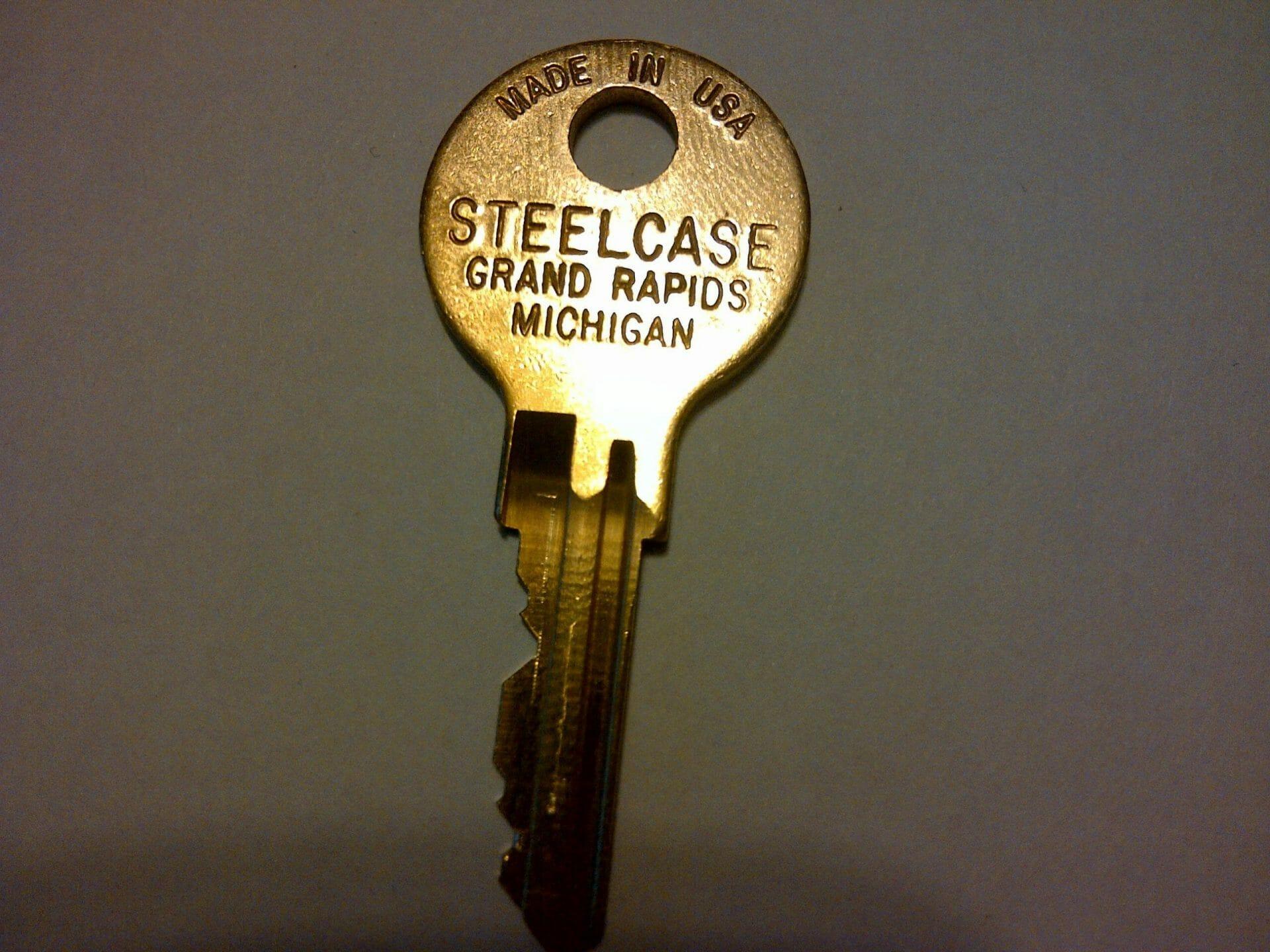 Steelcase File Cabinet Desk Key FR379