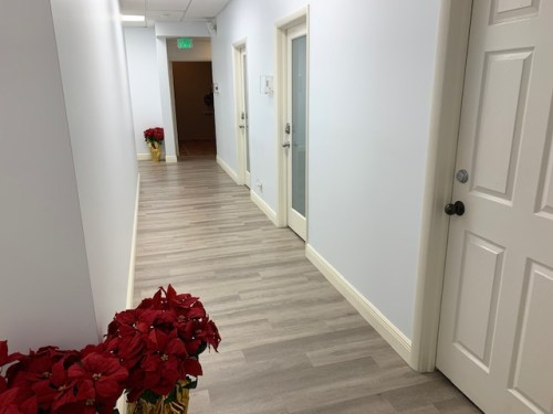 200 SF Suite 213