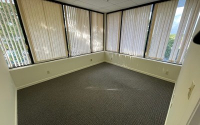 1280 SF with 3 Office Space, 1 large open room in Lake Worth, FL 33461