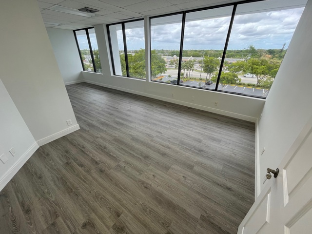 1997 SF Office Space in 10th Ave N, Lake Worth, FL 33461 (video)