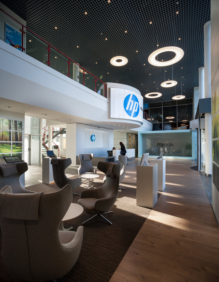HP Madrids New Reception And Lobby Office Snapshots