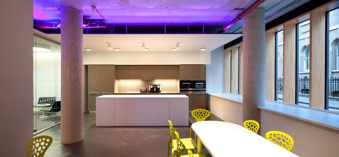 atrium-office-design-4