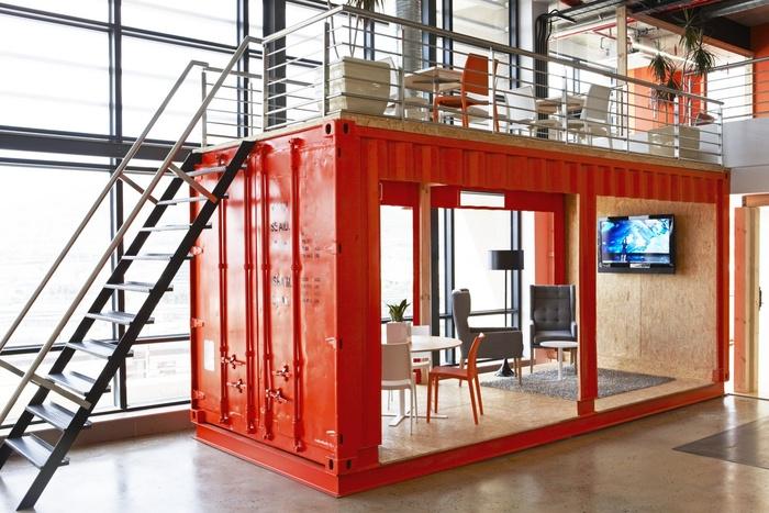 99c-office-design-3