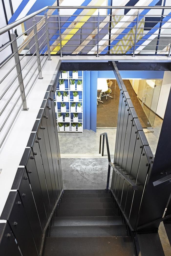 99c-office-design-8