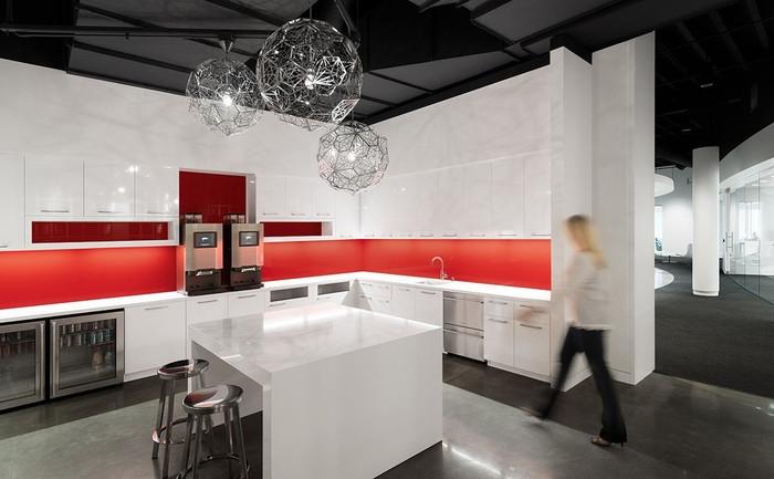 AAI_F5_Kitchen_Left