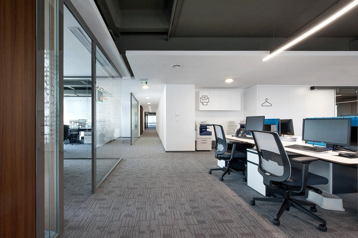 sbm-insurance-office-design-3