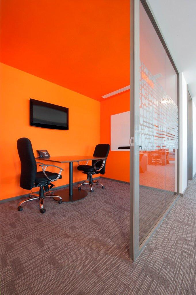sbm-insurance-office-design-5