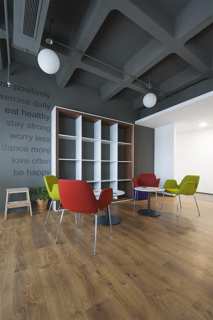 sbm-insurance-office-design-9