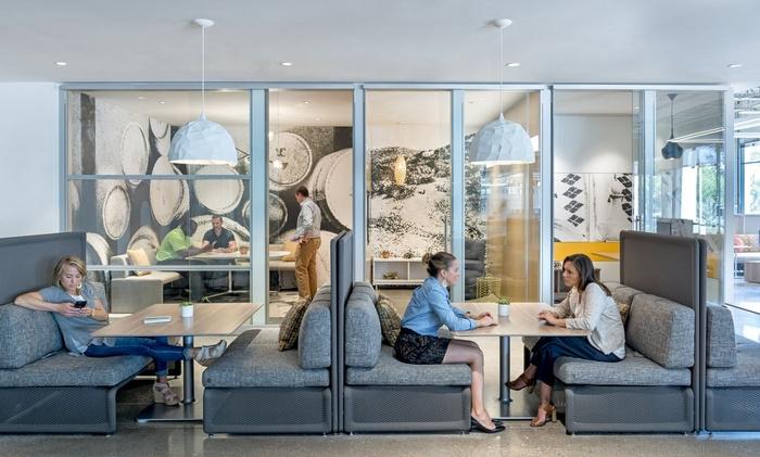 bkm-office-design-8