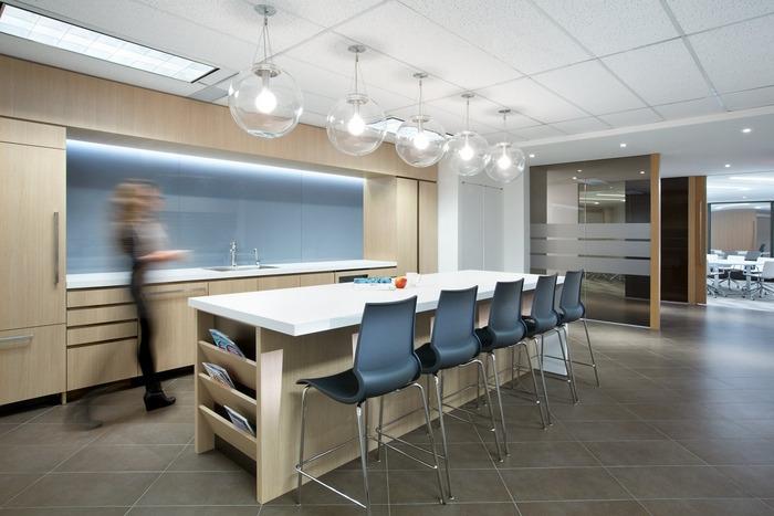 executive-office-office-design-6