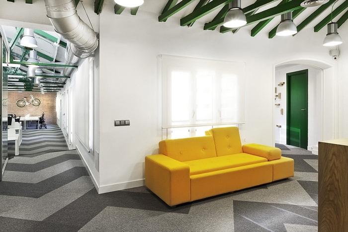 siteground-madrid-office-design-4