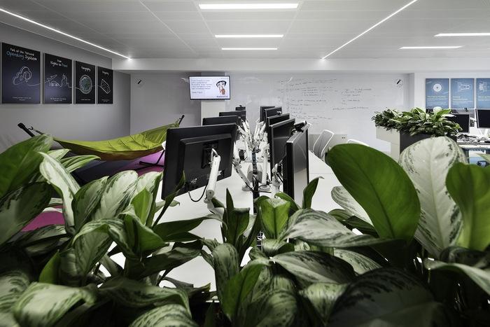 skyscanner-office-design-26