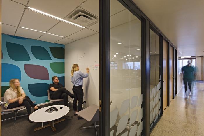 tech-company-office-design-9