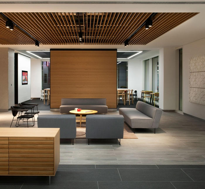 thomas-more-office-design-5