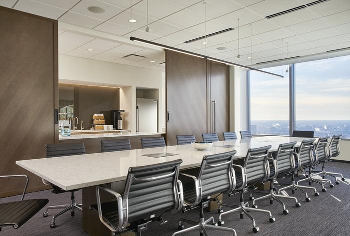axis-reinsurance-office-design-9
